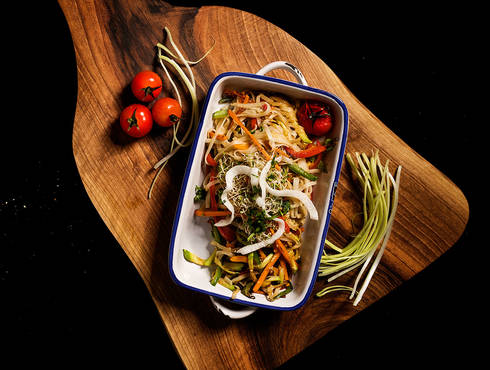 Vegetables stew with spicy rice noodles ans sesame seeds photo
