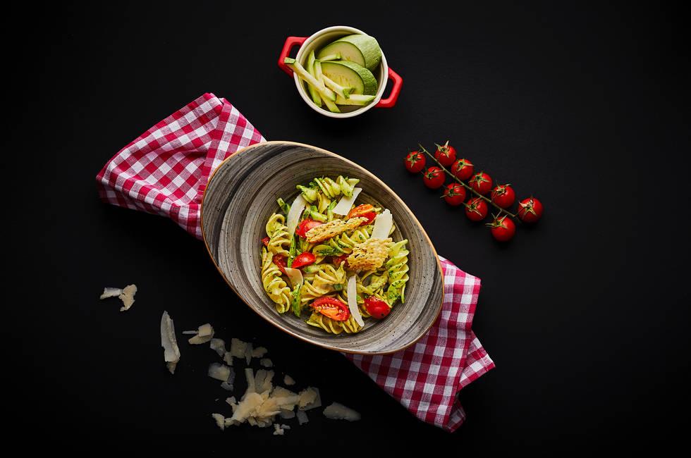 Fusilli with cherry tomatoes photo